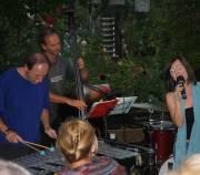 Between The Walls Berndt Luef Trio & Dorothea Jaburek, 8020 Graz  5. (Stmk.), 04.07.2014, 19:00 Uhr