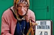 Markus Hirtler als Ermi Oma, 9900 Lienz (Trl.), 20.03.2014, 19:30 Uhr