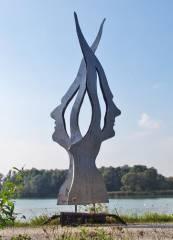 """Präsentation und Enthüllung der Skulptur """"Der verbundene Mensch"""", 4470 Enns (OÖ), 30.01.2015, 18:30 Uhr"""