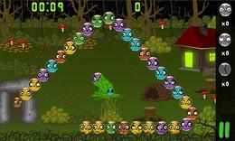 Screenshot von Zerstöre die näherkommenden Zombies. Du musst nur daran denken, dass sie zerstört werden, wenn sich mindestens drei Zombies der gleichen Farbe nebeneinander befinden.