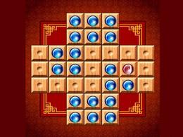 Screenshot von Spielen Sie mit Marble! Deine Aufgabe ist, die Kugeln überzuspringen, so dass am ende nur eine Übrig bleibt.