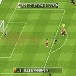 Screenshot von Stürze dich in die Action. Das brandneue FIFA 15 ist da! Nimm den Fußball-Nervenkitzel mit EA SPORTS FIFA 15 überall mit hin!
