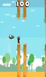 Screenshot von Tippe auf deine Flügel, vermeide Bäume und versuche, die Ente nicht zu töten. Einfach, süchtig machend und wirklich, WIRKLICH herausfordernd.