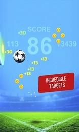 Screenshot von Keepie Uppie, Keepie-ups oder Kick-ups ist die Fähigkeit des Jonglierens mit einem Verband Fußball mit Füßen, Unterschenkel, Knie, Brust, Schultern und Kopf, ohne den Ball den Boden zu treffen.