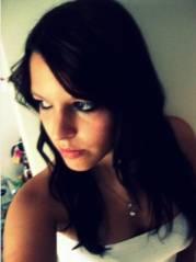Melanie ...................., 3170 daham