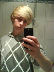 Alex feeee,
