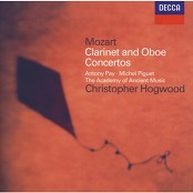 Antony Pay & The Academy of Ancient Music & Christopher Hogwood - Mozart: Clarinet Concerto in A, K.622 - 2. Adagio